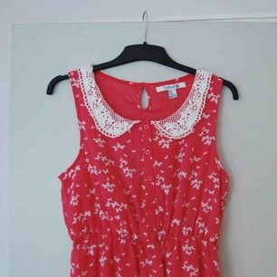 Gullig klänning från forever 21