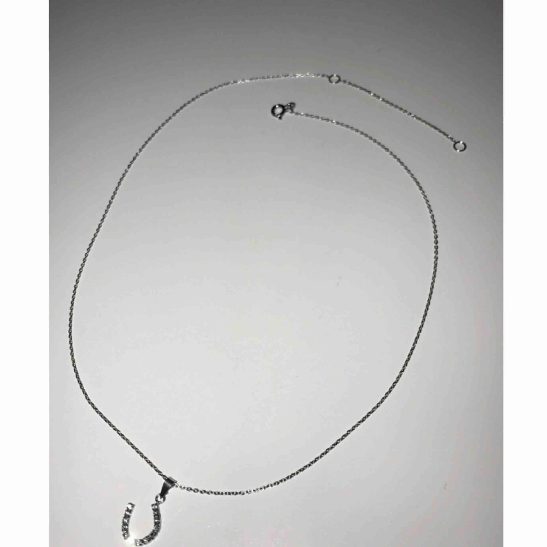 Både smycke och länk är av äkta silver ✨ Fri frakt.. Accessoarer.