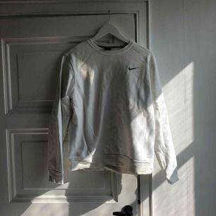 Svit sweater från Nike strl m