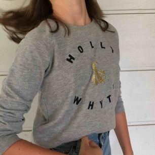 Holly & white tröja ifrån Lindex! Super fin kvalité, knappt andvänd! Nypris 300kr.
