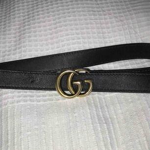 Säljer ett äkta Gucciskärp, köpt från Gucci's hemsida :-) meddela för mer information!