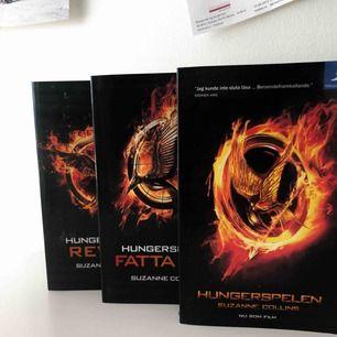 Hungergames bok trio. Bok 2 & 3 är helt orörda & är som nya. Frakt tillkommer.