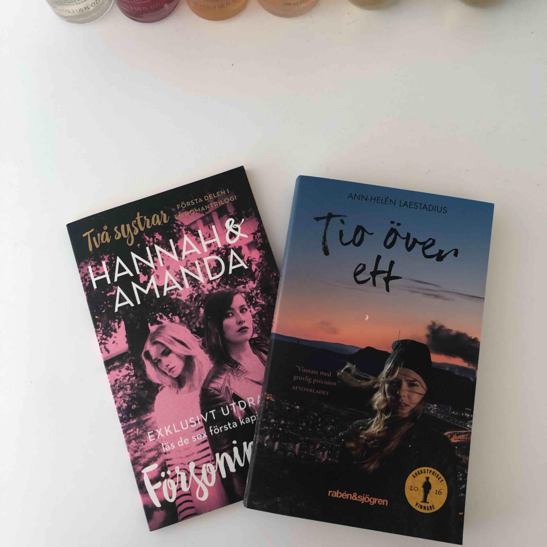 Hanna & Amanda bok 10kr, Tio över ett 59 kr säljer båda för 50kr plus frakt. Hanna & Amanda är som ny, Tio över ett är oläst. . Övrigt.