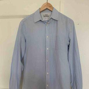 Slimfit Acne skjorta, knappt använd