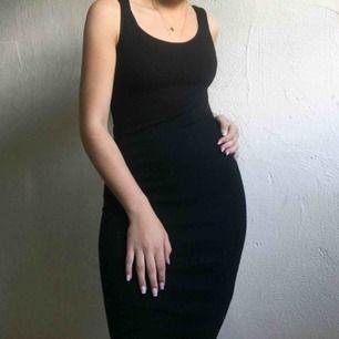Jättefin svart klänning. Pris: 100kr + frakt🖤