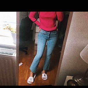 Kickflare jeans från zara! Otroligt sköna och så lätta att matcha till!!