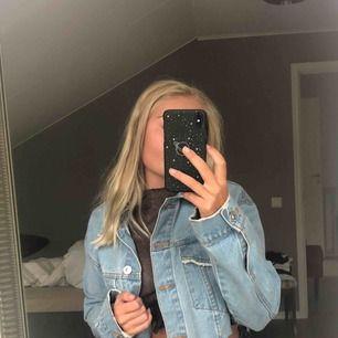 Skit snygg cropped jeans jacka från bershka