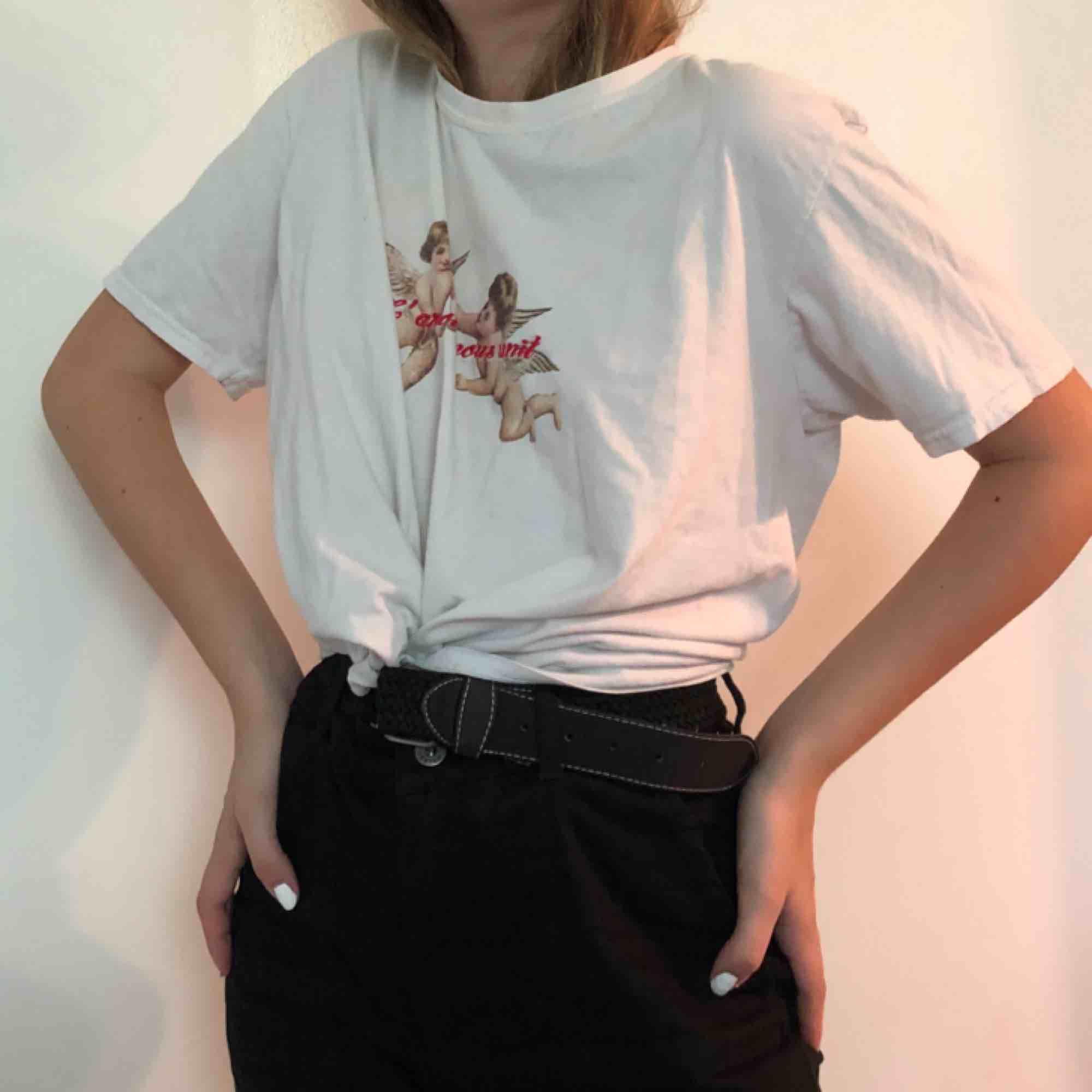 T-shirt, söt👍👍👍. T-shirts.
