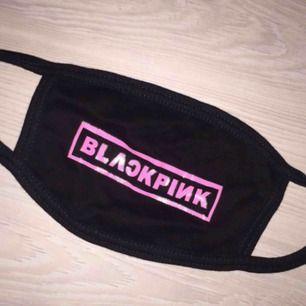 Blackpink mask köpt för 150kr
