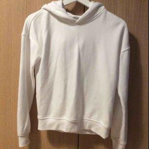 Ganska oanvänd hoodie från urban classics 150 kr (med frakt)