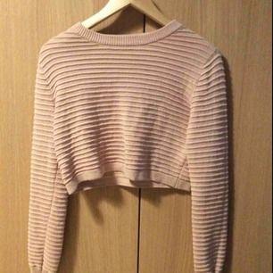 Kort rosa tröja från H&M, bara använt 2 ggr
