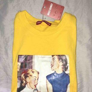 En helt ny as cool tröja. Lappen finns kvar men inte kvitto.