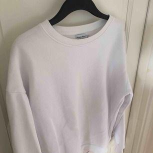 Vit tröja från Vanessa Moe x na-kd i storlek XS. Frakt tillkommer.