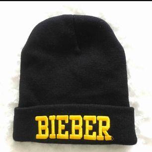 Jättefin Justin Bieber mössa! Aldrig använd! Tar swish