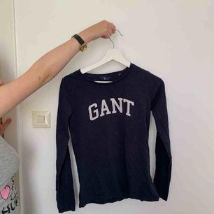 Fin tröja från Gant, nypris 499kr! Storlek XS!