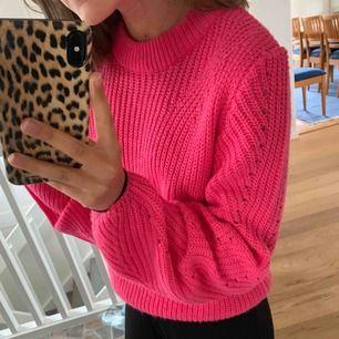Stickad tröja från Gina tricot, storlek xs, 90kr