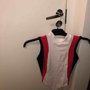 Bodysuit från Nelly, endast använd 1 gång