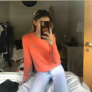Kabelstickad tröja från Ralph lauren, väldigt snygga färger men tyvärr inte min stil