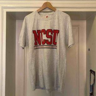North Carolina State University - Hämtas i Uppsala eller skickas mot fraktkostnad