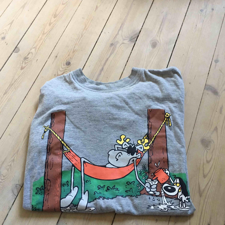 Vintage t-shirt från tecknade serien Hälge. I mycket gott skick 🌸. T-shirts.