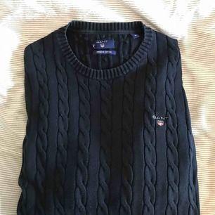 Kabelstickad tröja från Gant i storlek M