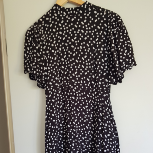 Dress from Zara. 100 sek + shipping, or meetup in Uppsala.