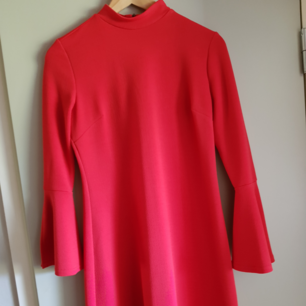 Dress with trumpet sleeves, 100 sek + shipping, or meetup in Uppsala
