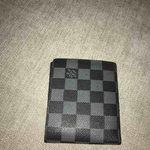 En plånbok AAA kopia svart grå