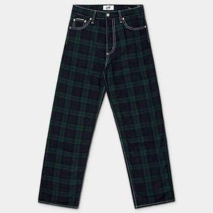 Eytys Benz Tartan Baggy Jeans, slutsålda, nypris 2 500 kr, säljer pga att dessa är för långa på mig, är 164 cm lång 🦚Frakt 97 kr🦚