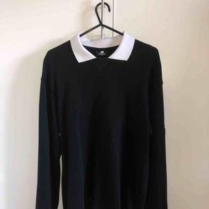 UMBRO x SWEET SKTBS LONGSLEEVE  Skick 10/10 (använd en gång) tröjan sitter mer som en S  Köparen står för frakt
