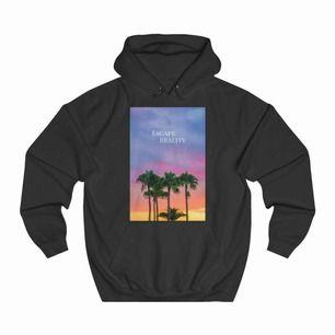 Säljer min hoodie från thecoolelephant, använd ett fåtal gånger💞