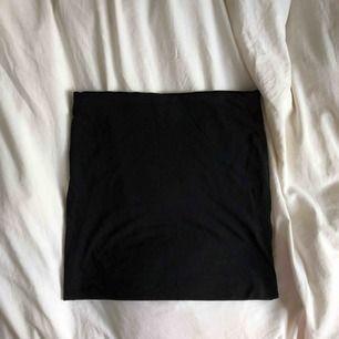 Oanvänd kjol från H&M Basic