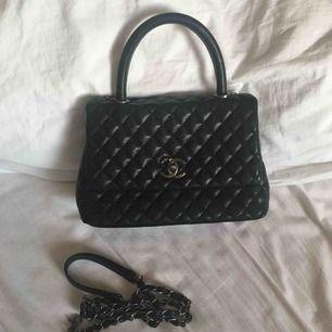 Chanel inspirerad väska Skinnimitation Spårbar frskt 63kr