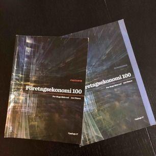 Fint skick! LITE markeringar i en av böckerna! Säljer båda böckerna för 450kr