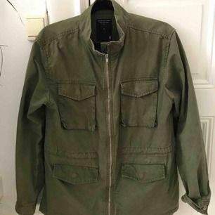 Skitsnygg jacka från Lager 157. Köpt för 500:- Som ny.