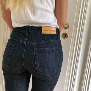 Snygga jeans från acne studios. Brukar han24/30 dessa är nog 25/30.