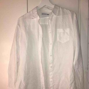 Väl omhändertagen skjorta från lager 157. Använd endast vid resturang arbete