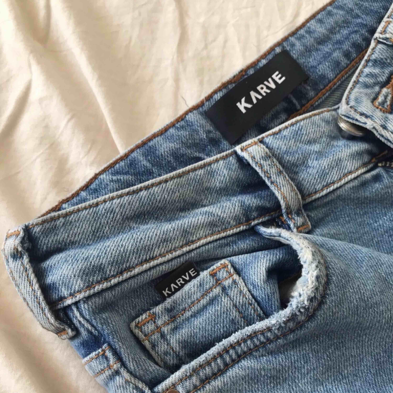 Inköpta från Carlings och har inte använt sen dess. Jeans & Byxor.