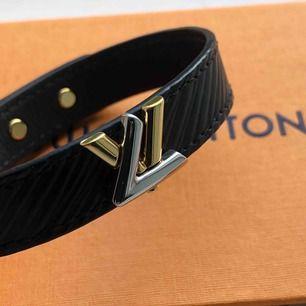Louis Vuitton armband. Givetvis äkta Knappt använt och i nyskick, köparen står för frakt.