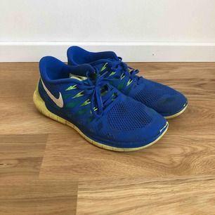 Nike löparskor som har mycket kvar att erbjuda!! Storlek 42