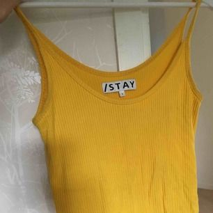 Bekvämt linne från Carlings i storlek S, det är lite för stort för mig så därför söker linnet en ny ägare. 😊