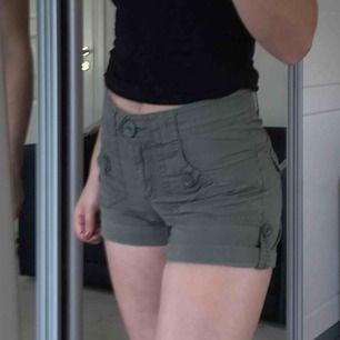 Gröna shorts från hm!