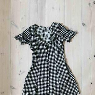 Jättegullig klänning från HM 🖤🌸
