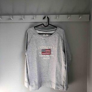 Sweatshirt från Lexington. Köparen står för frakt📪📪