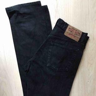 Sååå snygga Crocker-jeans med hög midja och raka ben. Storlek 33. Passar M/L. Perfekta modellen.