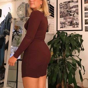 🥂 Vinröd klänning i gott skick 🥂