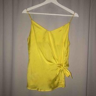 SUPERfint linne!! använt en gång🧡🧡 frakt tillkommer
