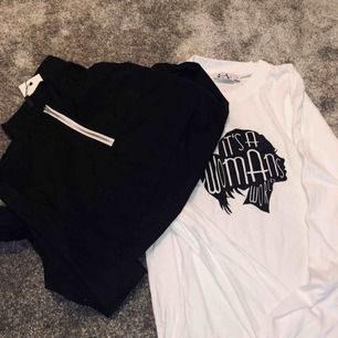 ✨(Från Linn Ahlborgs kollektion) Svart Pocket Jacket strl XS & en Oversized T-shirt dress strl XS men passar även S,M (aldrig använt). Super snyggt att matcha tillsammans, BUD!! Vad vill ni ge? Säljes även separat, NYPRIS: jacka 399kr dress: 299