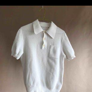 Fin tröja köpt här på plick. Säljer då den inte kommit till användning.. Mycket fin kvalité. Frakt tillkommer på ca 20 kr