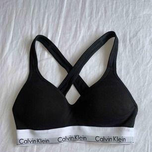 HELT NY Calvin Klein bh, aldrig använd!  Köparen betalar frakten🙋🏼♀️